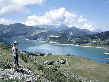 Lac Roseland, 30 mins drive from chalet